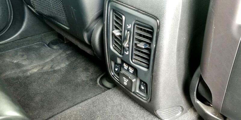 Jeep Grand Cherokee Overland 4WD 2014