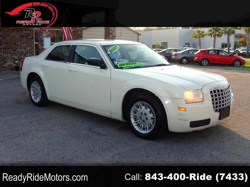 Chrysler 300 Base 2007