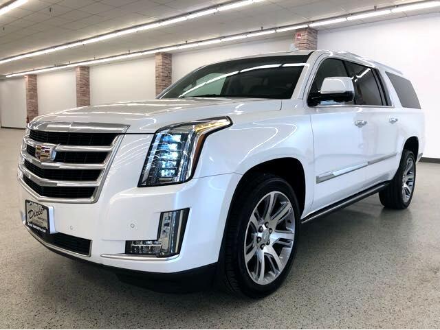 Cadillac Escalade ESV Premium 4WD 2016