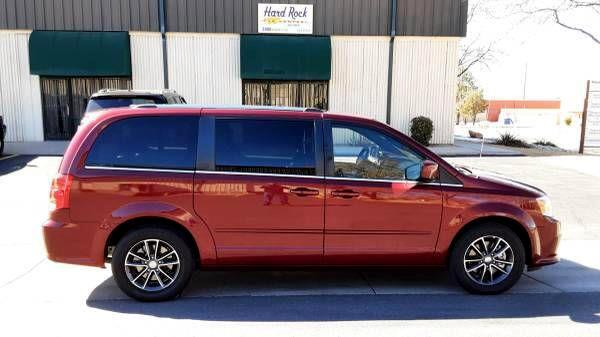 Dodge Caravan 4dr Grand SXT 2017