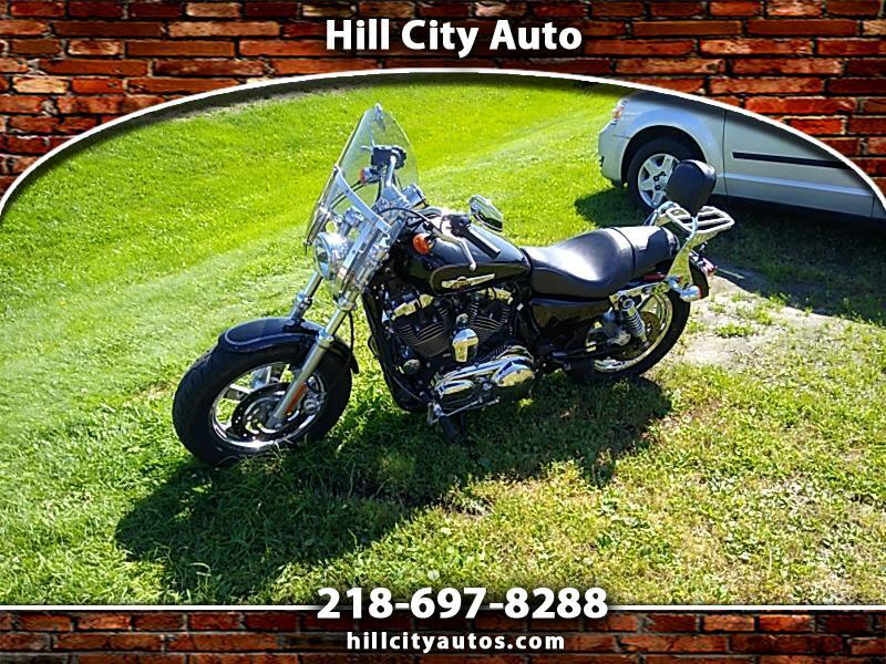 Harley-Davidson XL1200C  2011