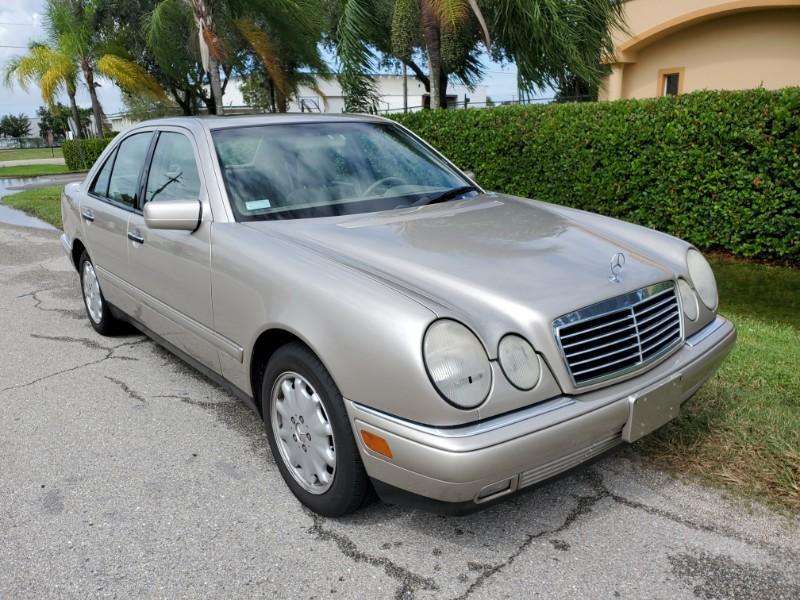 Mercedes-Benz E-Class E320 1998
