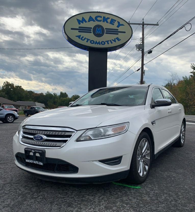 Ford Taurus Limited AWD 2012