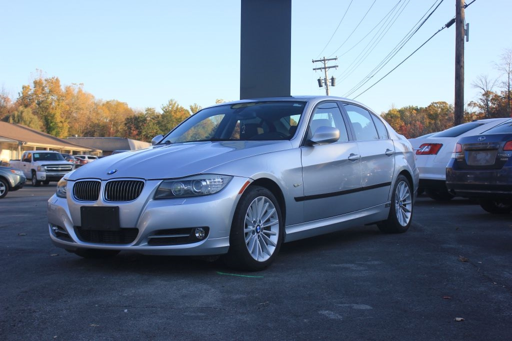 BMW 3-Series 335xi 2009