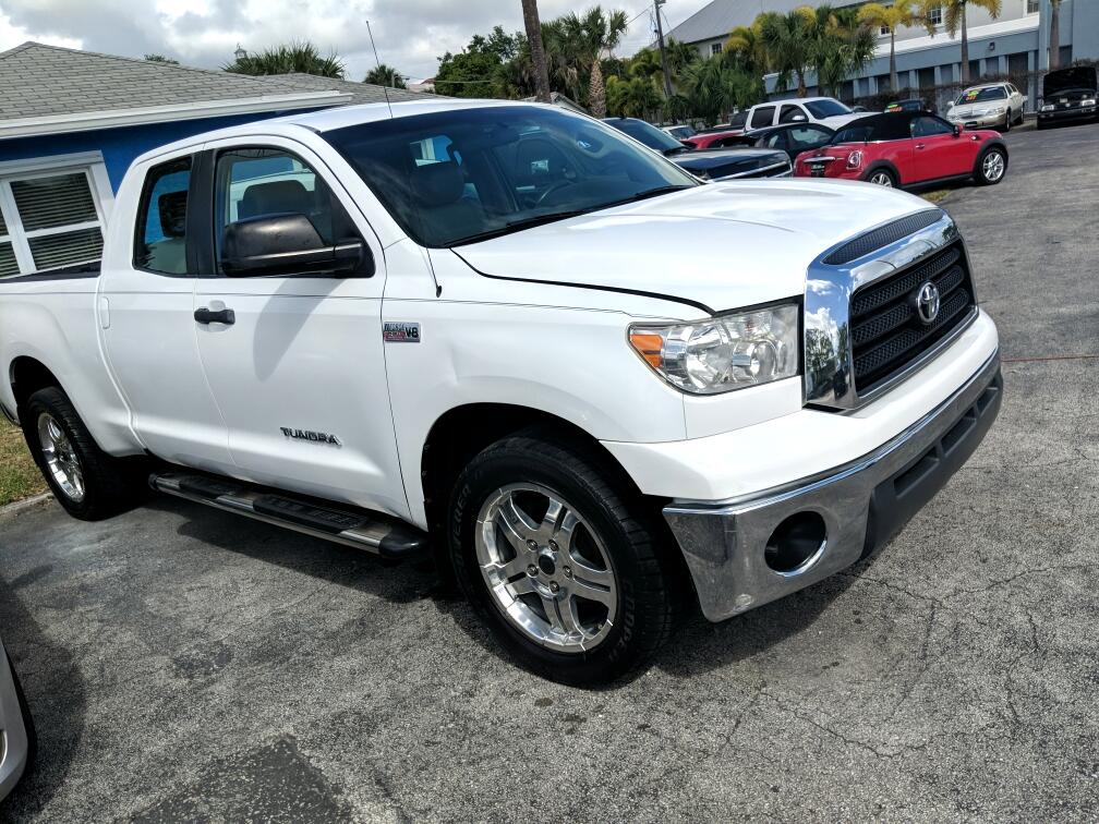 Toyota Tundra 2WD Truck Dbl 5.7L V8 6-Spd AT (Natl) 2008