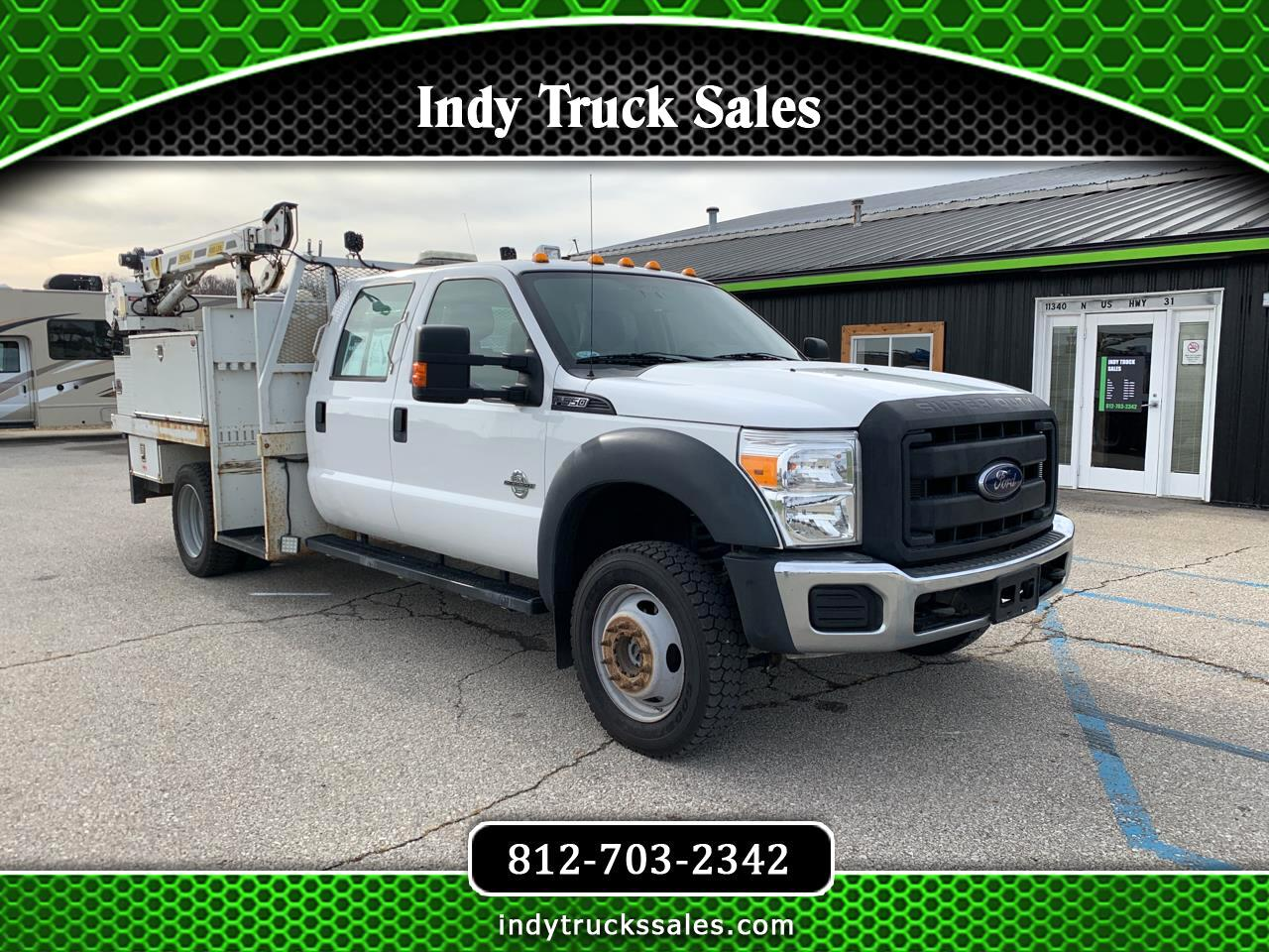 "Ford Super Duty F-550 DRW 4WD Crew Cab 176"" WB 60"" CA XL 2014"