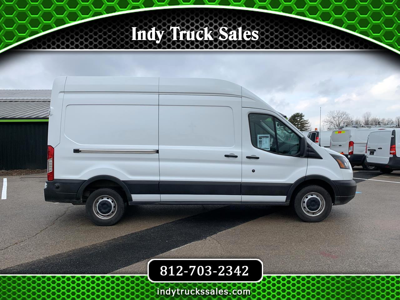Ford T-250  2019
