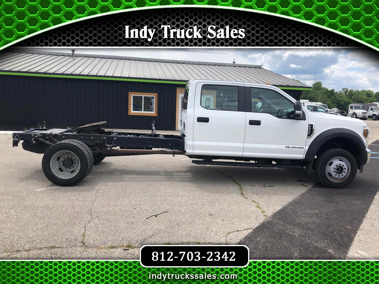 "Ford Super Duty F-450 DRW 4WD Crew Cab 200"" WB 84"" CA XL 2019"