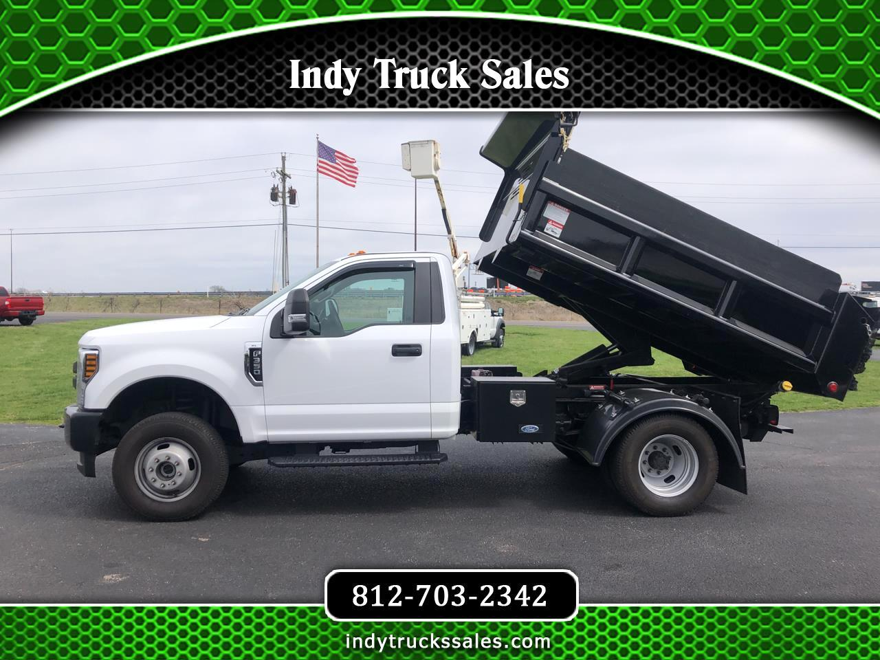 "Ford Super Duty F-350 DRW XL 4WD Reg Cab 145"" WB 60"" CA 2018"