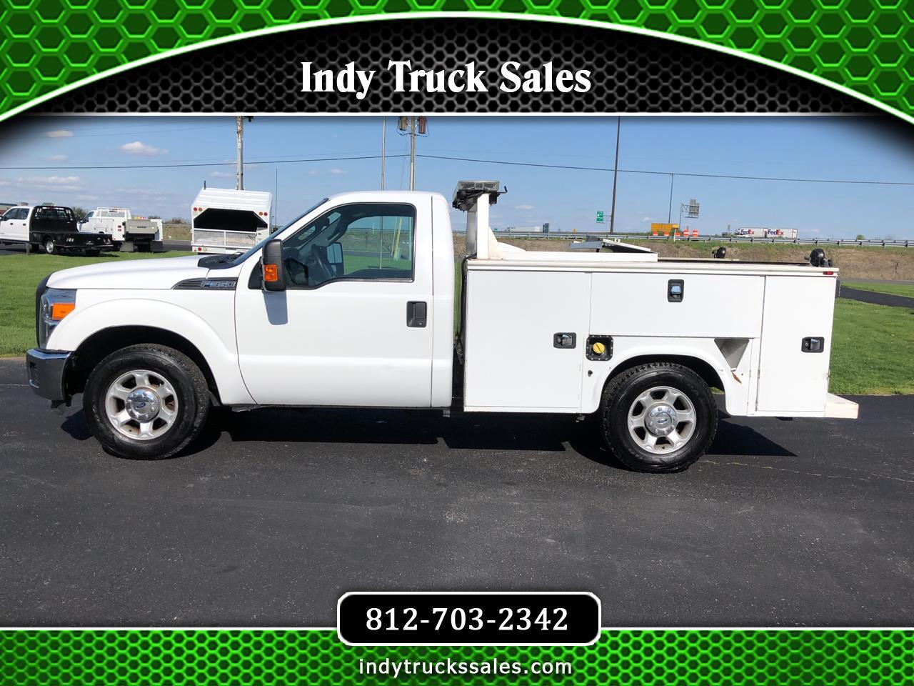 "Ford Super Duty F-350 SRW 2WD Reg Cab 137"" XL 2016"