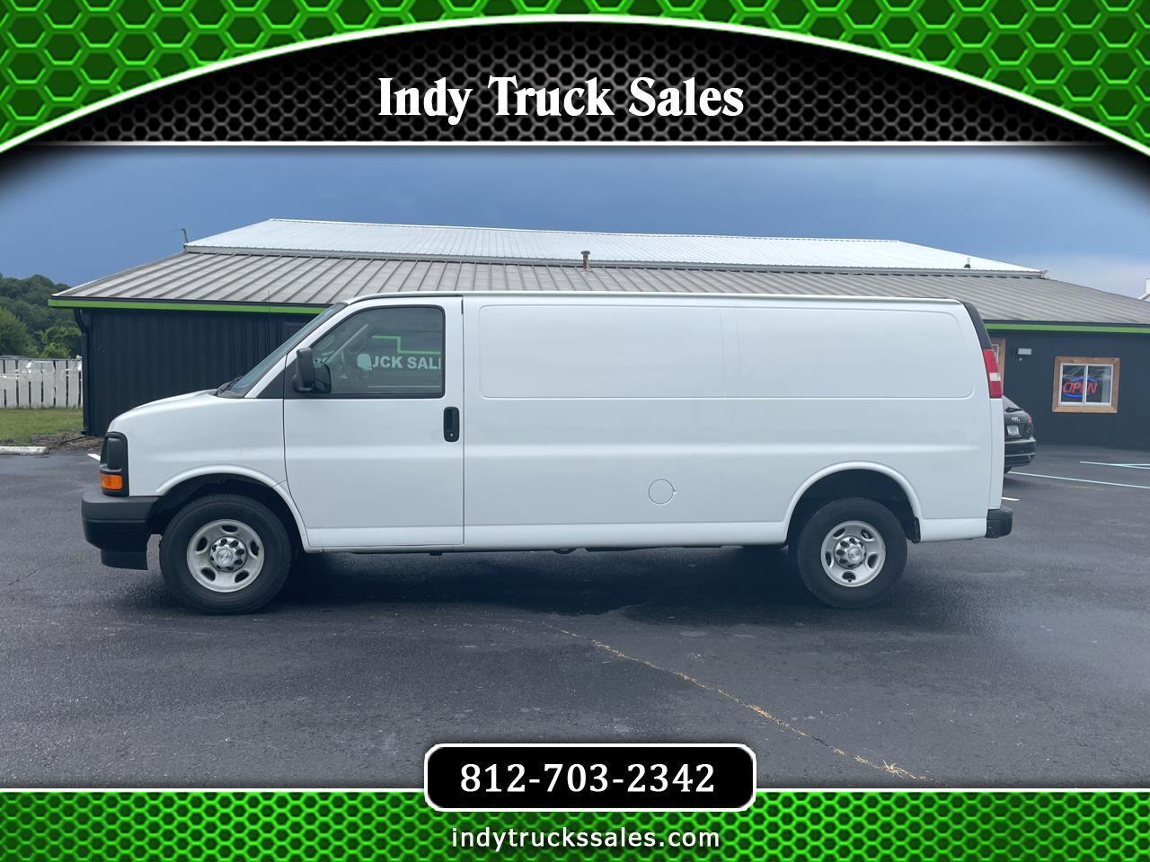 """Chevrolet Express Cargo Van RWD 2500 155"""" 2017"""