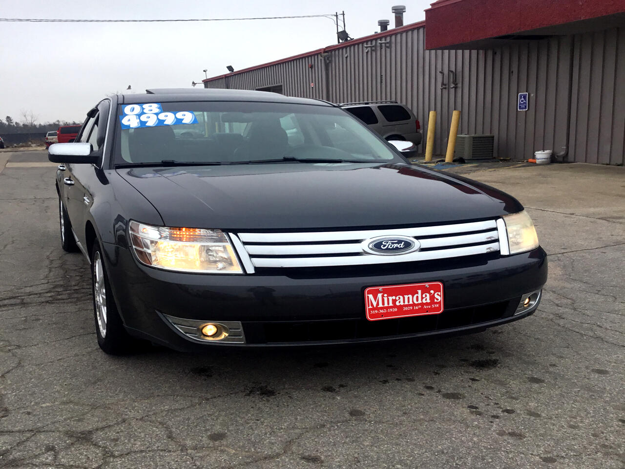 Ford Taurus Limited AWD 2008