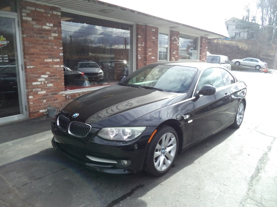 BMW 3-Series 328i Convertible 2011