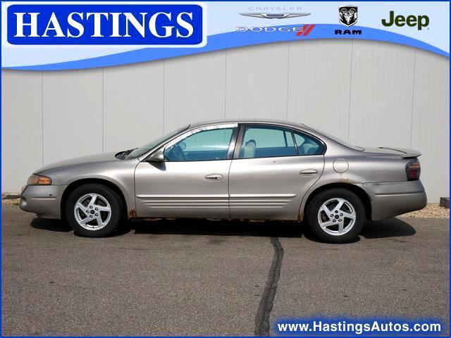Pontiac Bonneville SE 2004