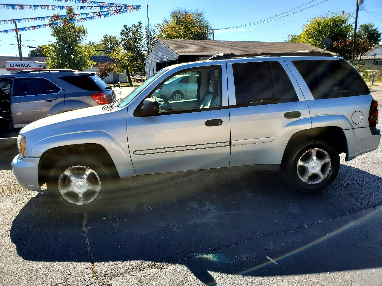 Red White And Blue Auto Sales >> Used 2007 Chevrolet Trailblazer Ls1 4wd For Sale In