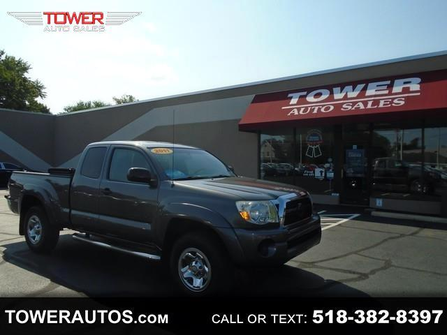 Toyota Tacoma 4WD Access I4 MT (Natl) 2011