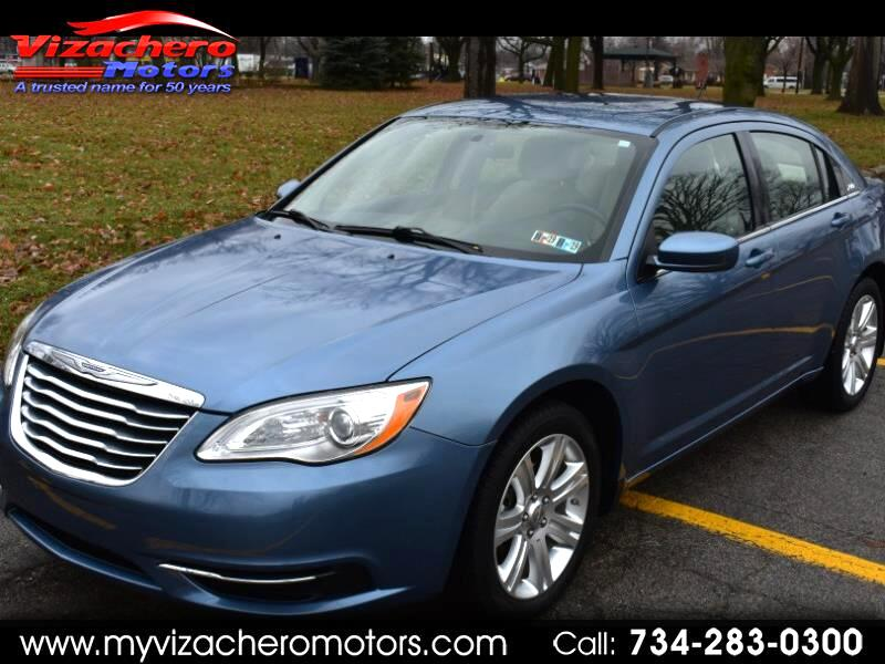 2011 Chrysler 200 4dr Sdn Touring