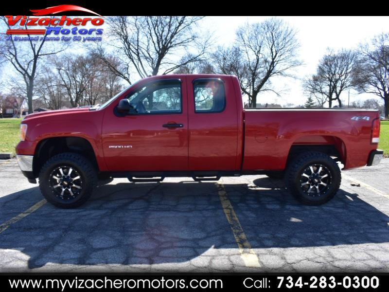 "GMC Sierra 2500HD 4WD Ext Cab 144.2"" Work Truck 2013"