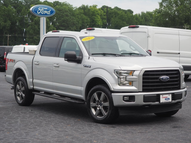 "Ford F-150 4WD SuperCrew 145"" XLT 2017"