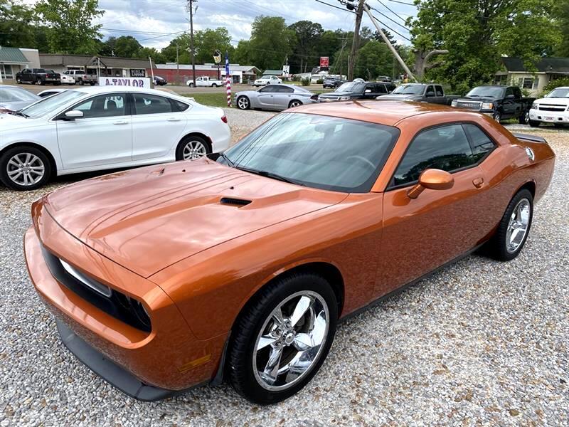 Dodge Challenger SE 2011