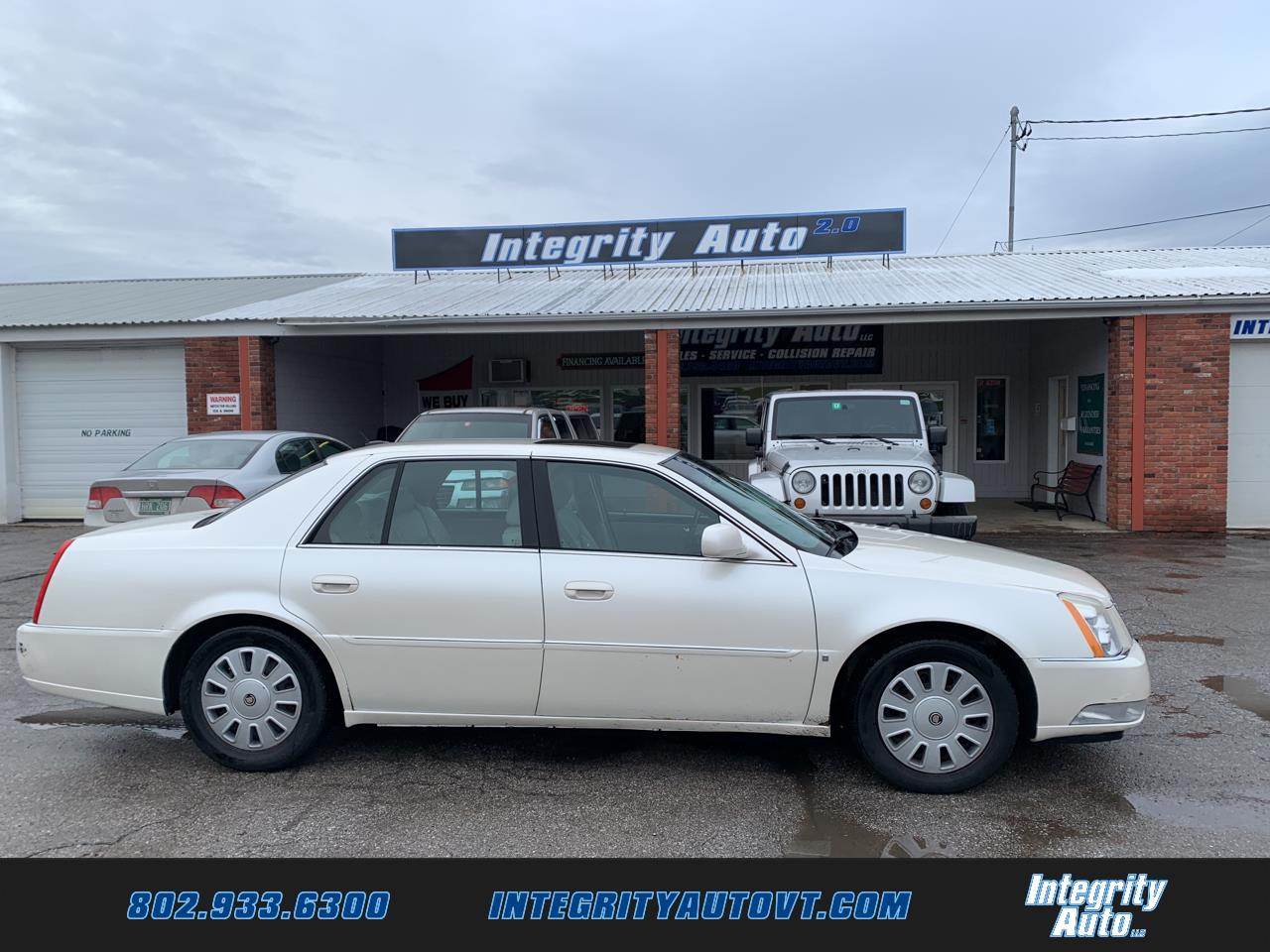 Cadillac DTS 4dr Sdn Luxury Collection 2008