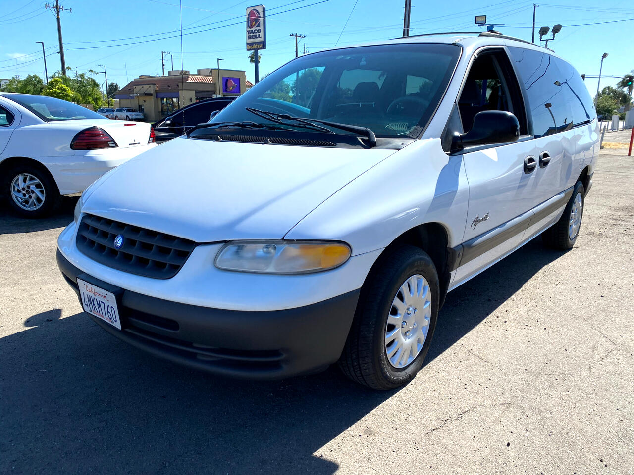 """Plymouth Voyager 3dr Grand SE 119"""" WB 1997"""