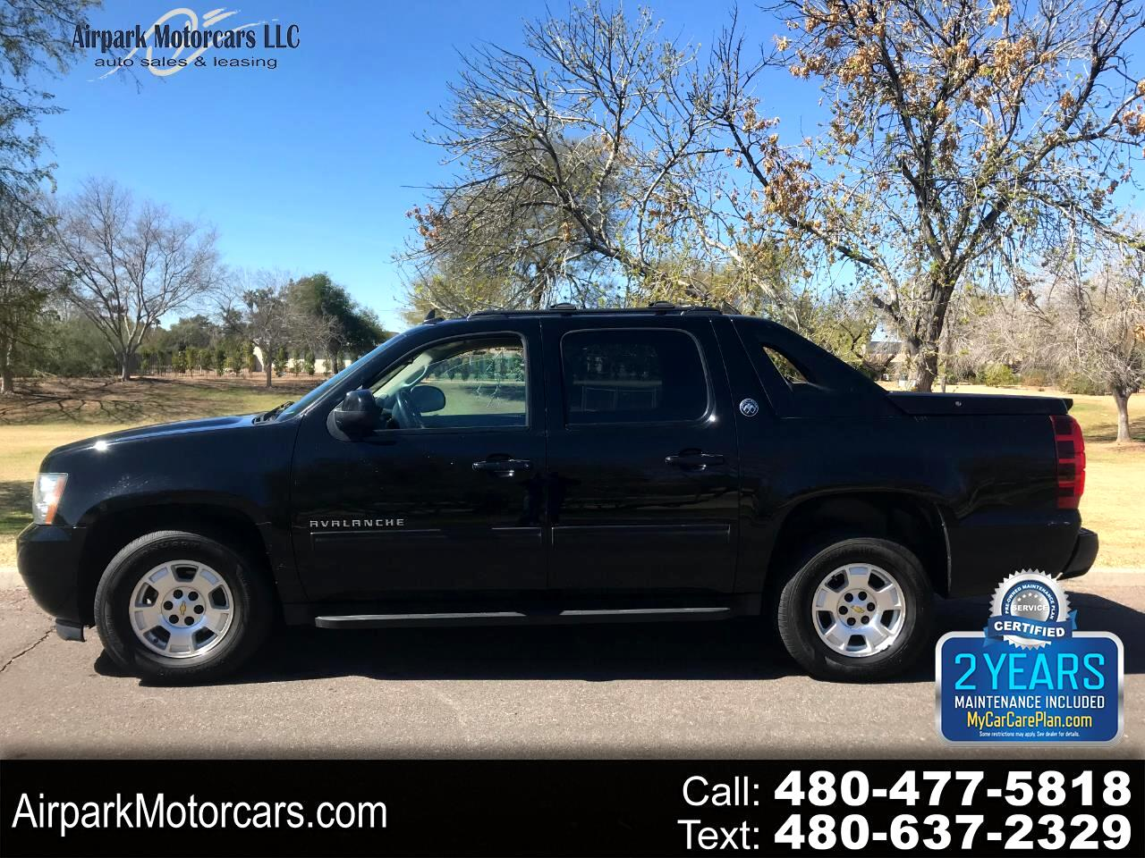Chevrolet Avalanche 2WD Crew Cab LS 2013