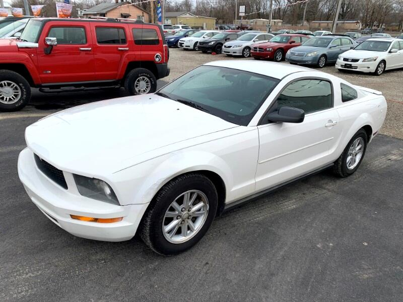 Ford Mustang V6 Premium Coupe 2008