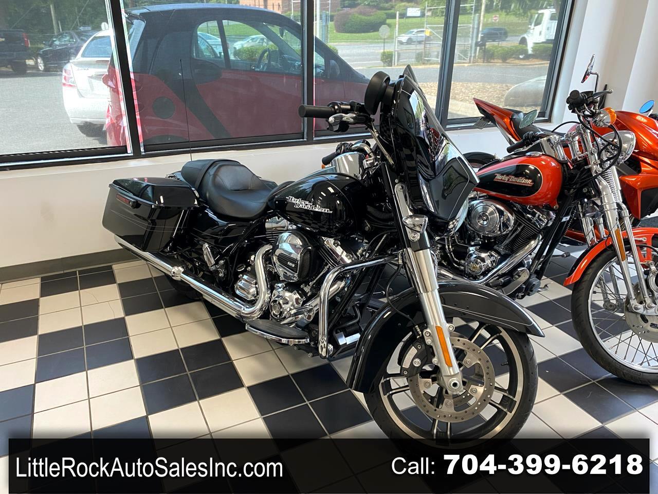 Harley-Davidson Street Glide Base 2016