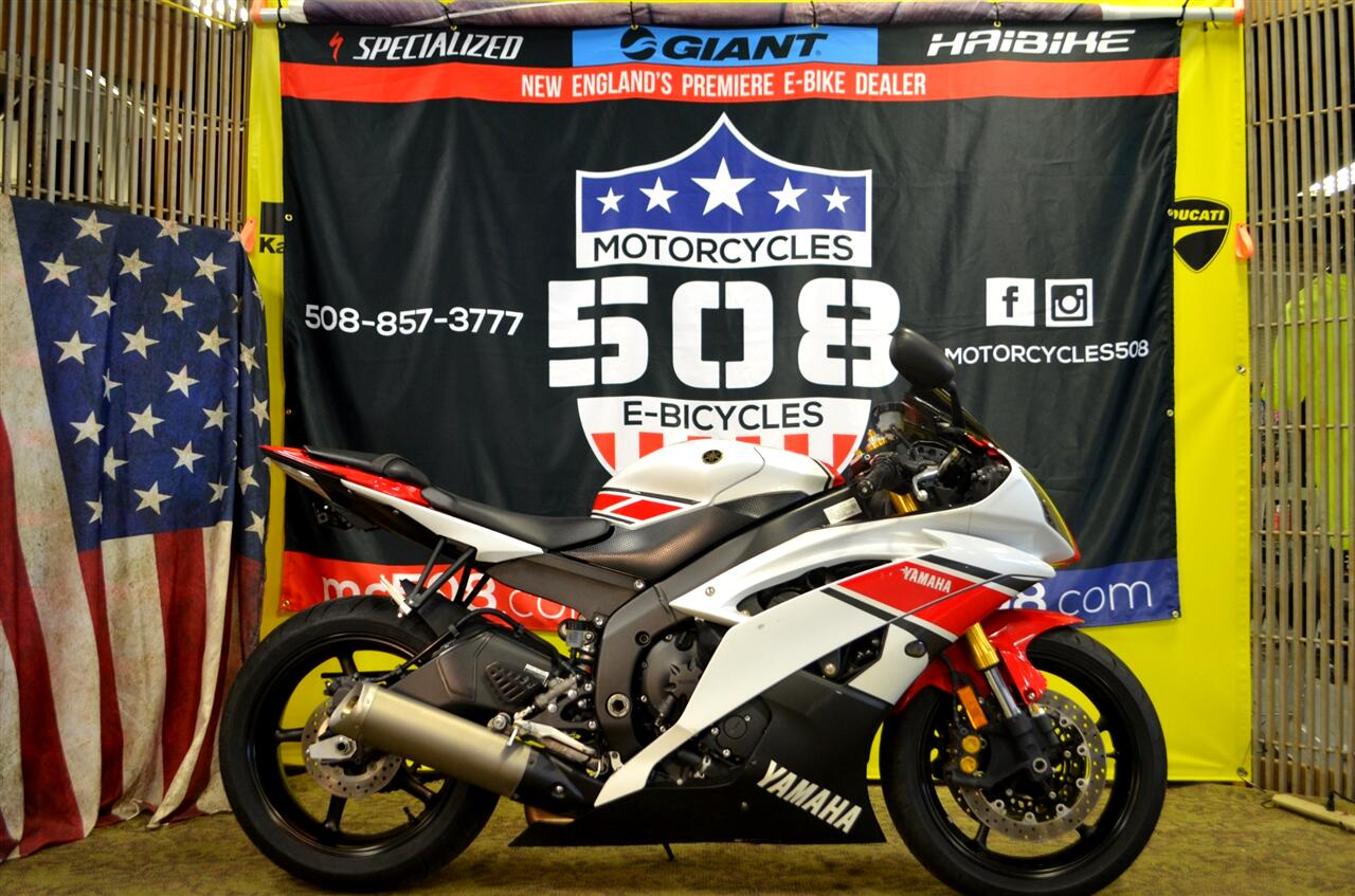 Yamaha YZF-R6  2012