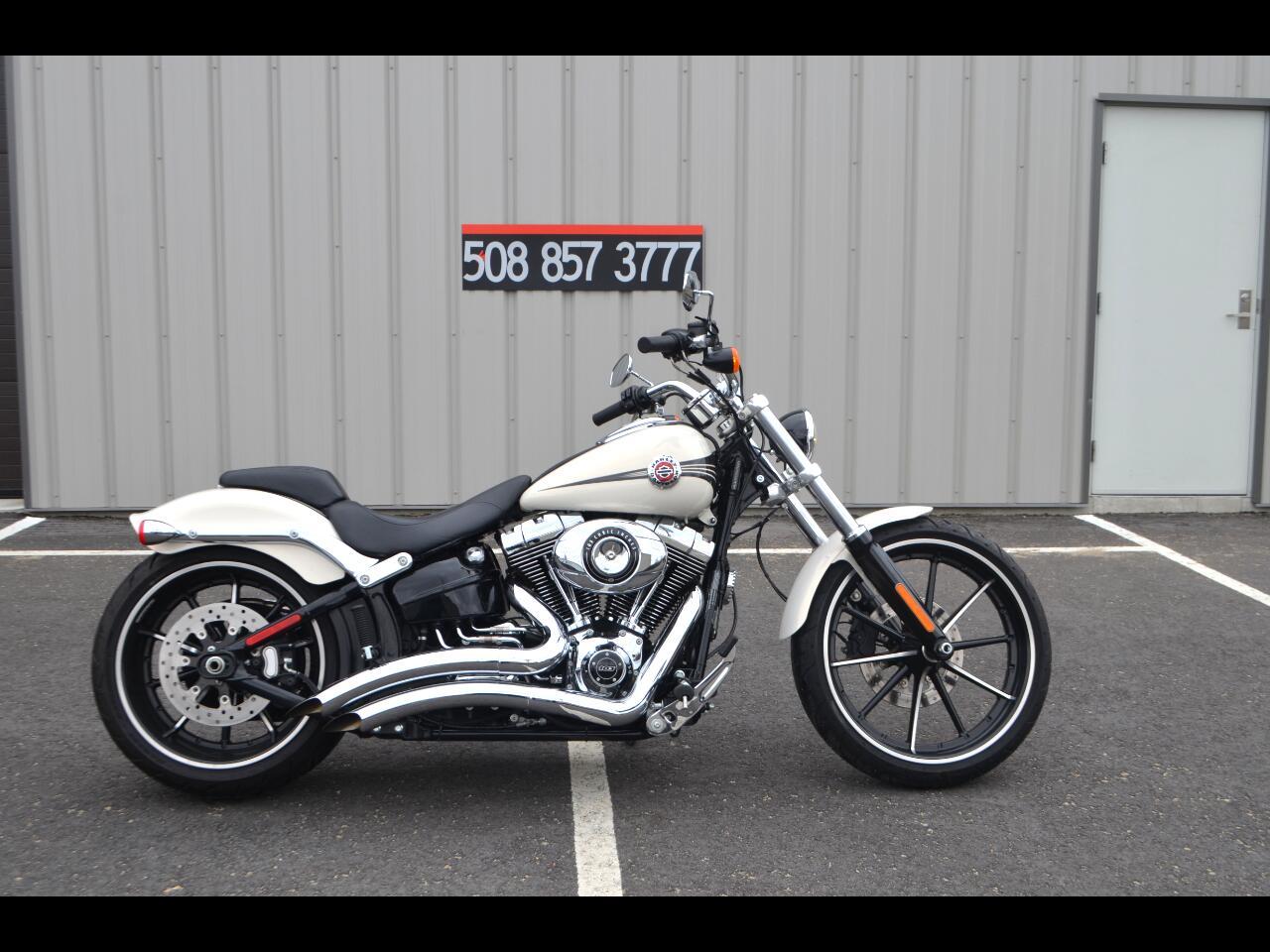 Harley-Davidson Softail Breakout  2014