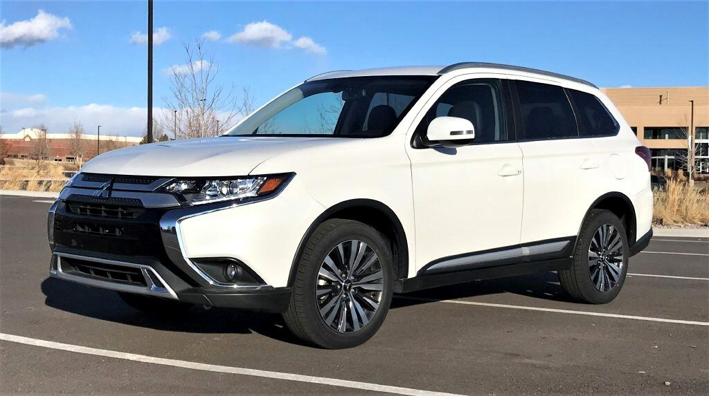Mitsubishi Outlander SEL AWD 2019
