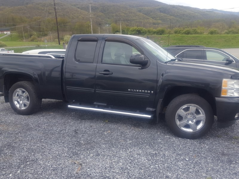Chevrolet Silverado 1500 LTZ Ext. Cab Short Box 4WD 2009