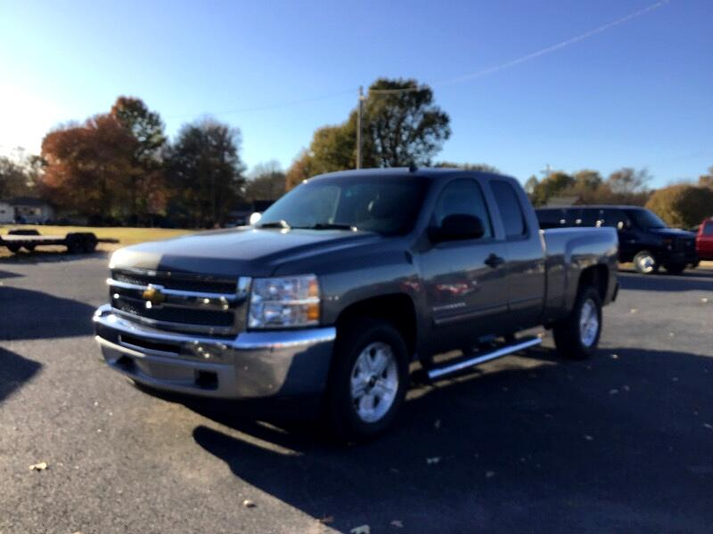 2013 Chevrolet Silverado 1500 LT Ext. Cab Long Box 4WD