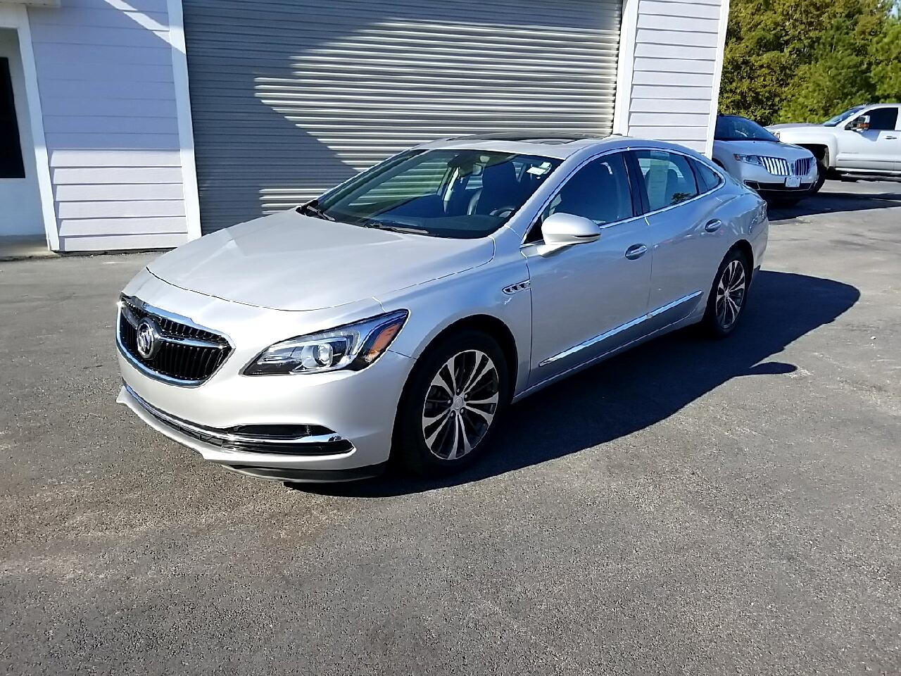Buick LaCrosse 4dr Sdn Essence FWD 2018