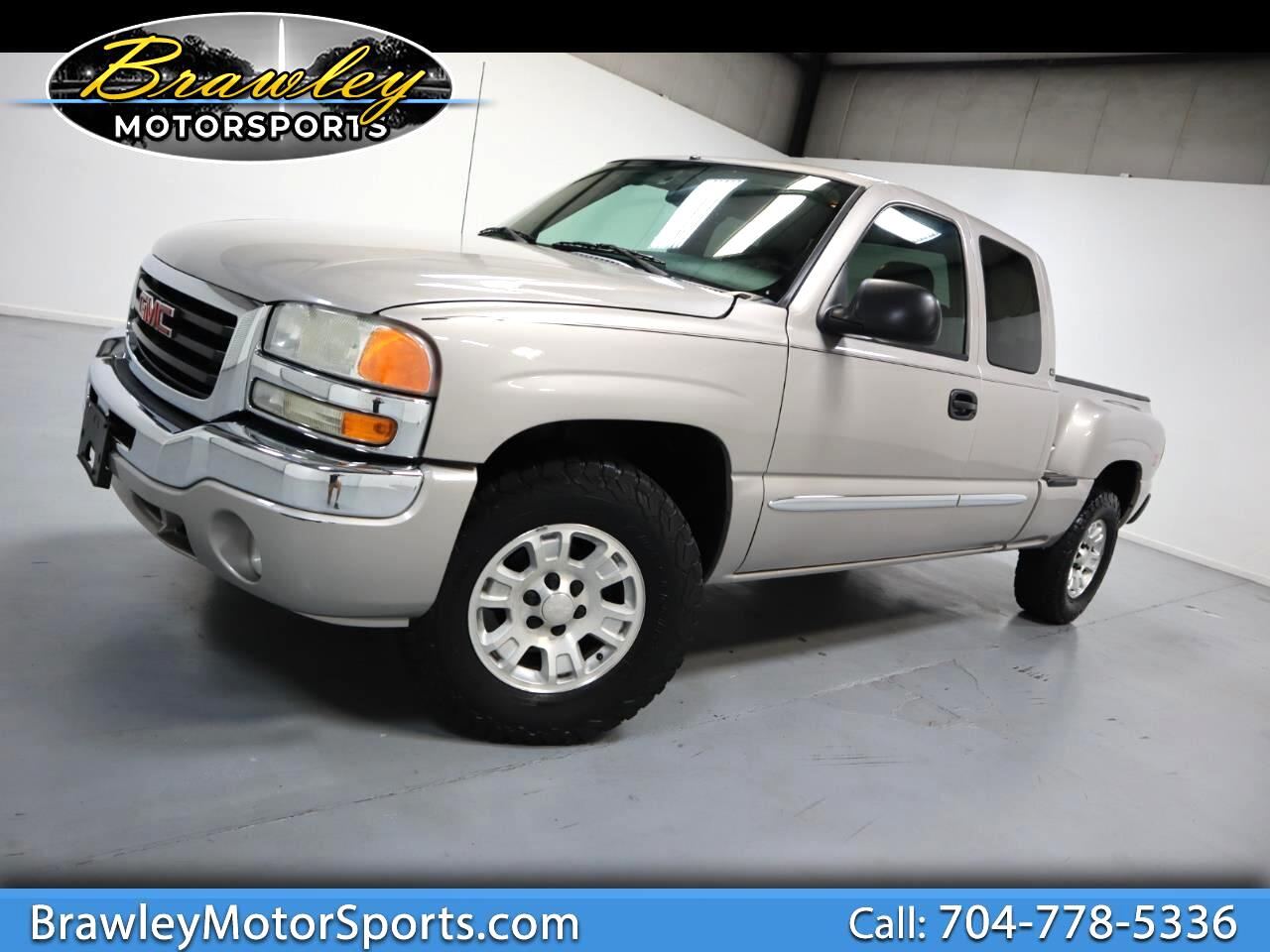 GMC Sierra 1500 Ext. Cab Short Bed 4WD 2004