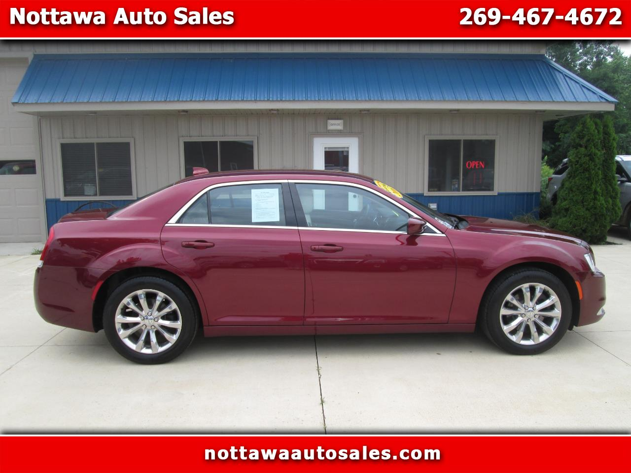 Chrysler 300 4dr Sdn 300 Limited AWD 2016
