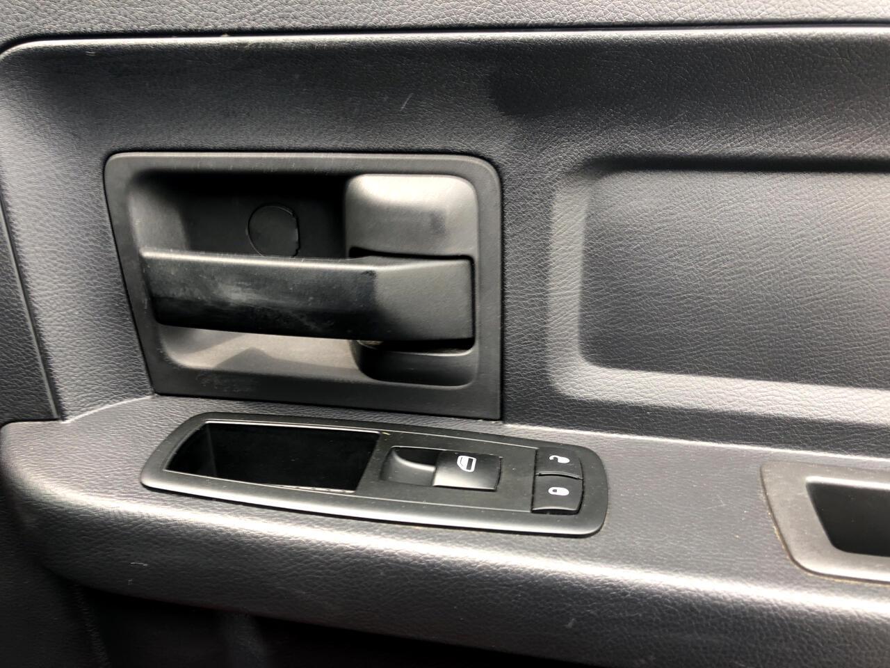 2010 Dodge Ram 1500 4WD Quad Cab 140.5
