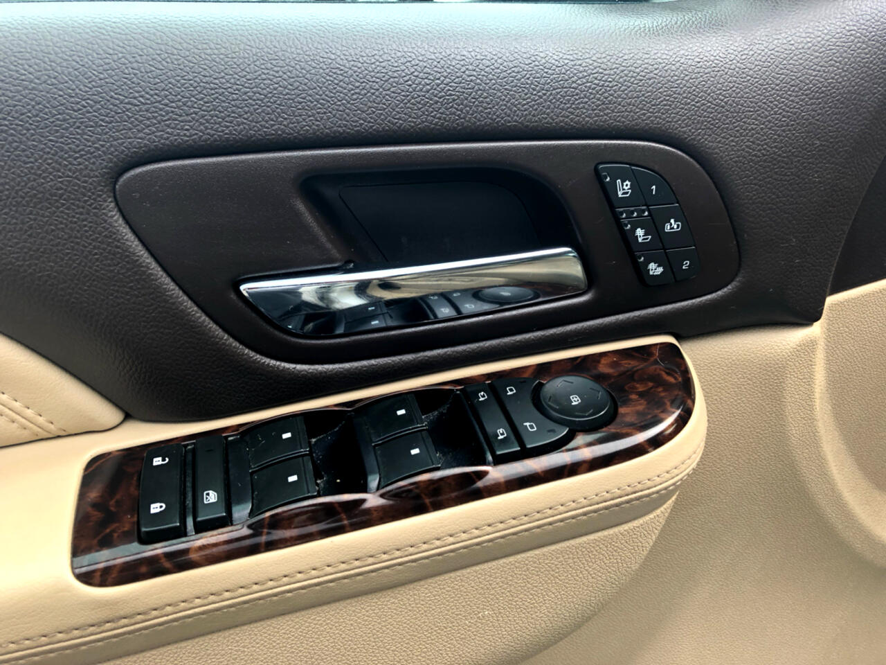 2012 GMC Yukon XL AWD 4dr 1500 Denali