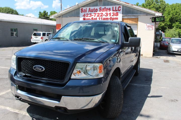 Ford F-150 XLT SuperCrew 4WD 2005