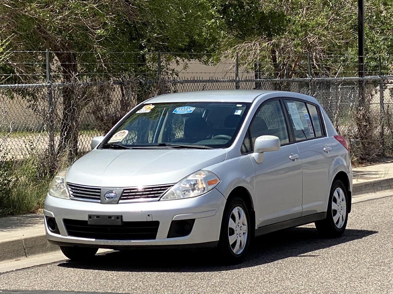 2007 Nissan Versa 5dr HB I4 Auto 1.8 S
