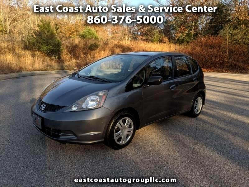 Honda Fit 5-Speed MT 2011