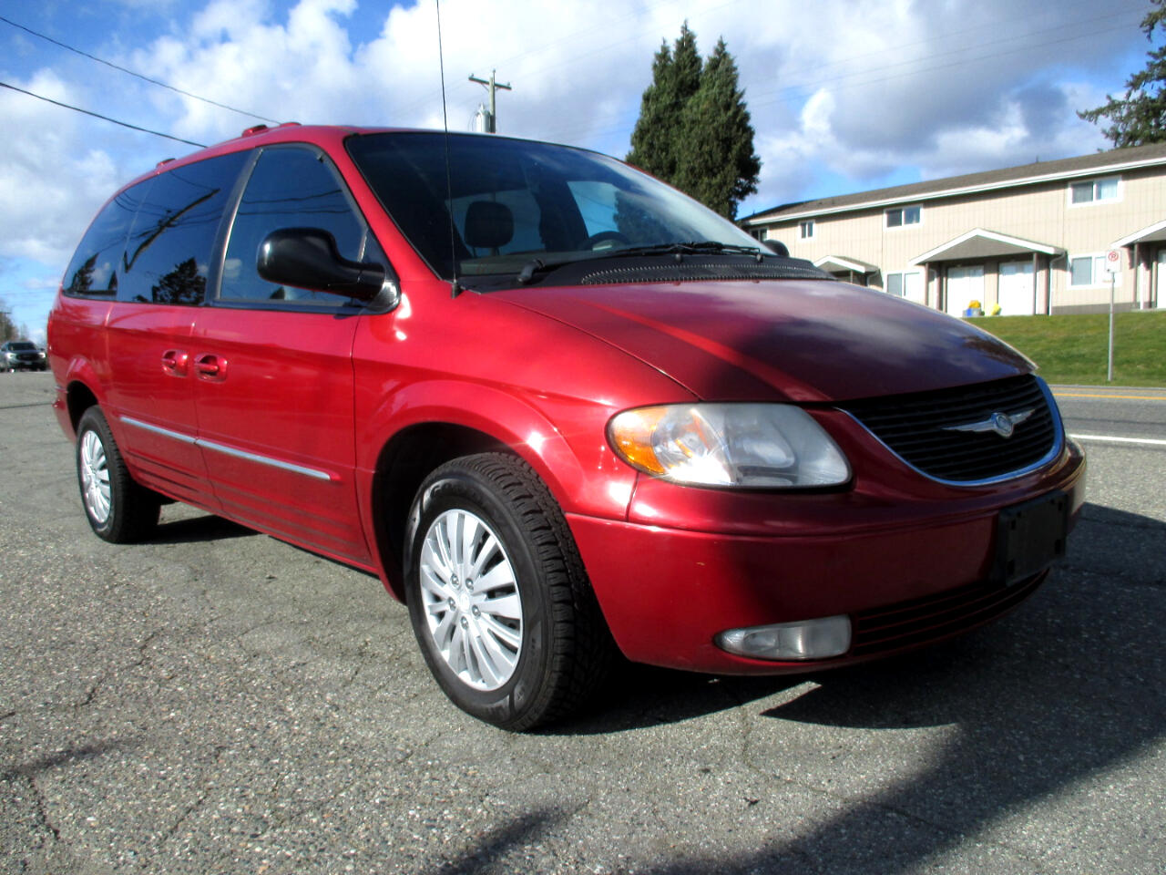 Chrysler Town & Country Limited AWD 2002