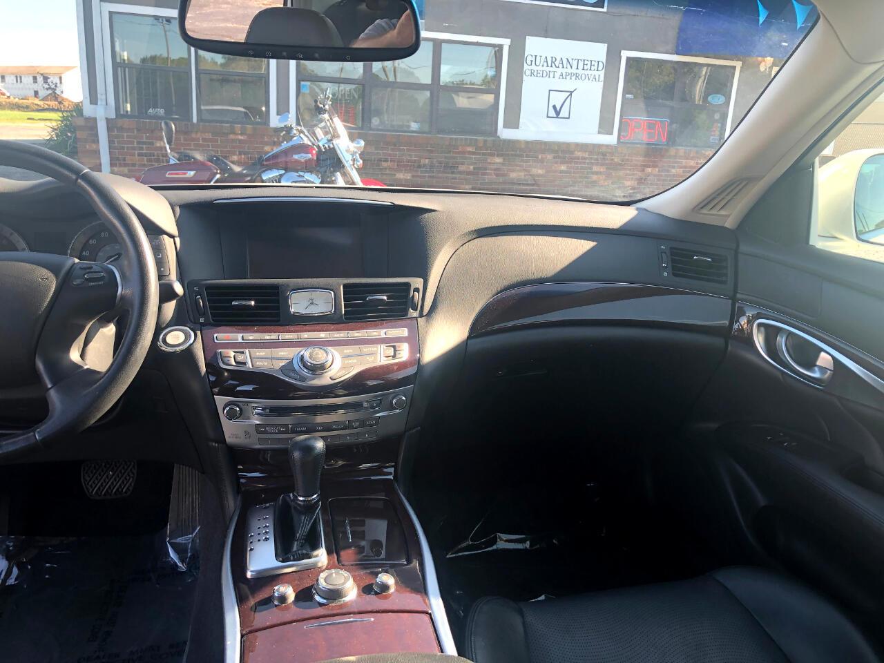 2014 Infiniti Q70 4dr Sdn V6 RWD
