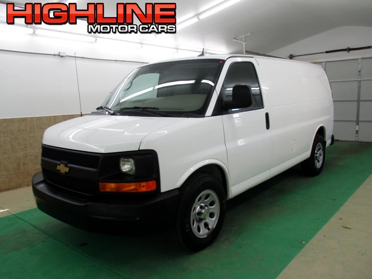 """2013 Chevrolet Express Cargo Van RWD 1500 135"""""""