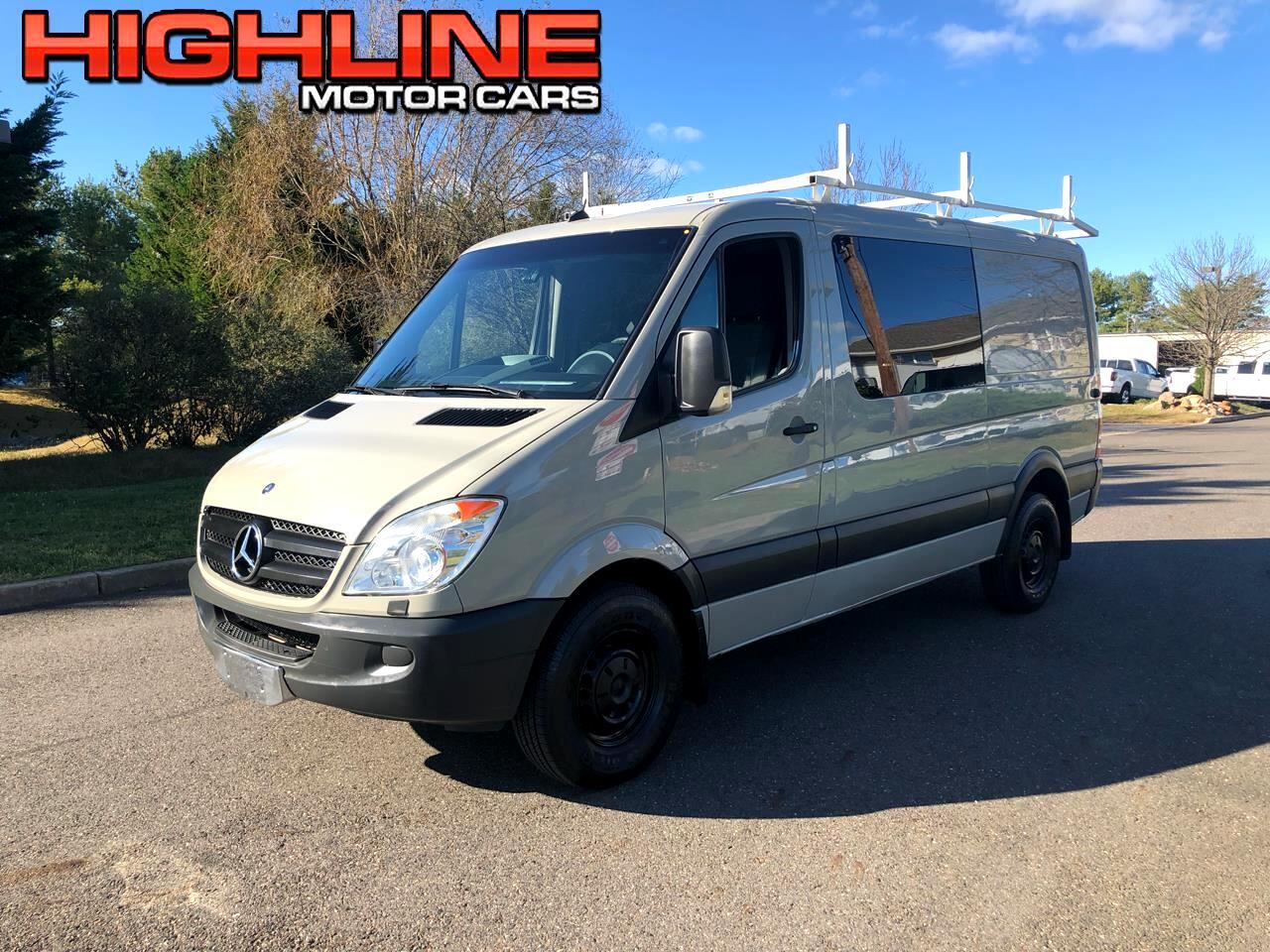 """2011 Mercedes-Benz Sprinter Crew Vans 2500 144"""""""