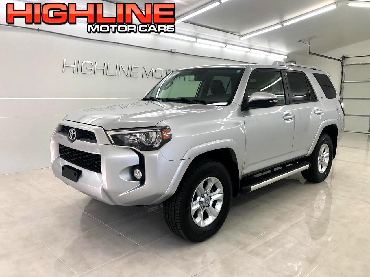 Toyota 4Runner SR5 Premium 4WD (Natl) 2017