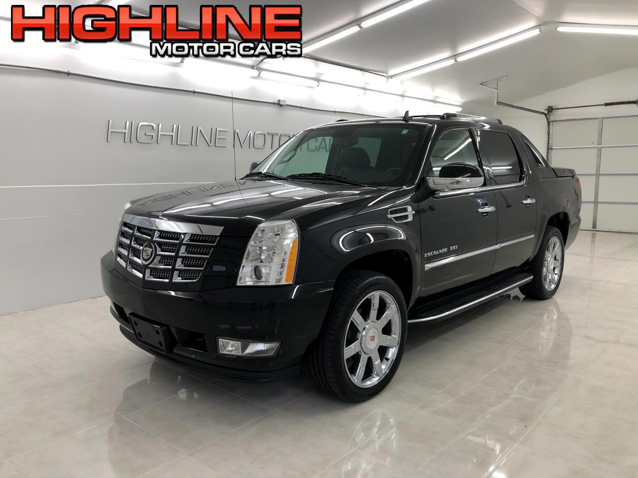 Cadillac Escalade EXT AWD 4dr Luxury 2011