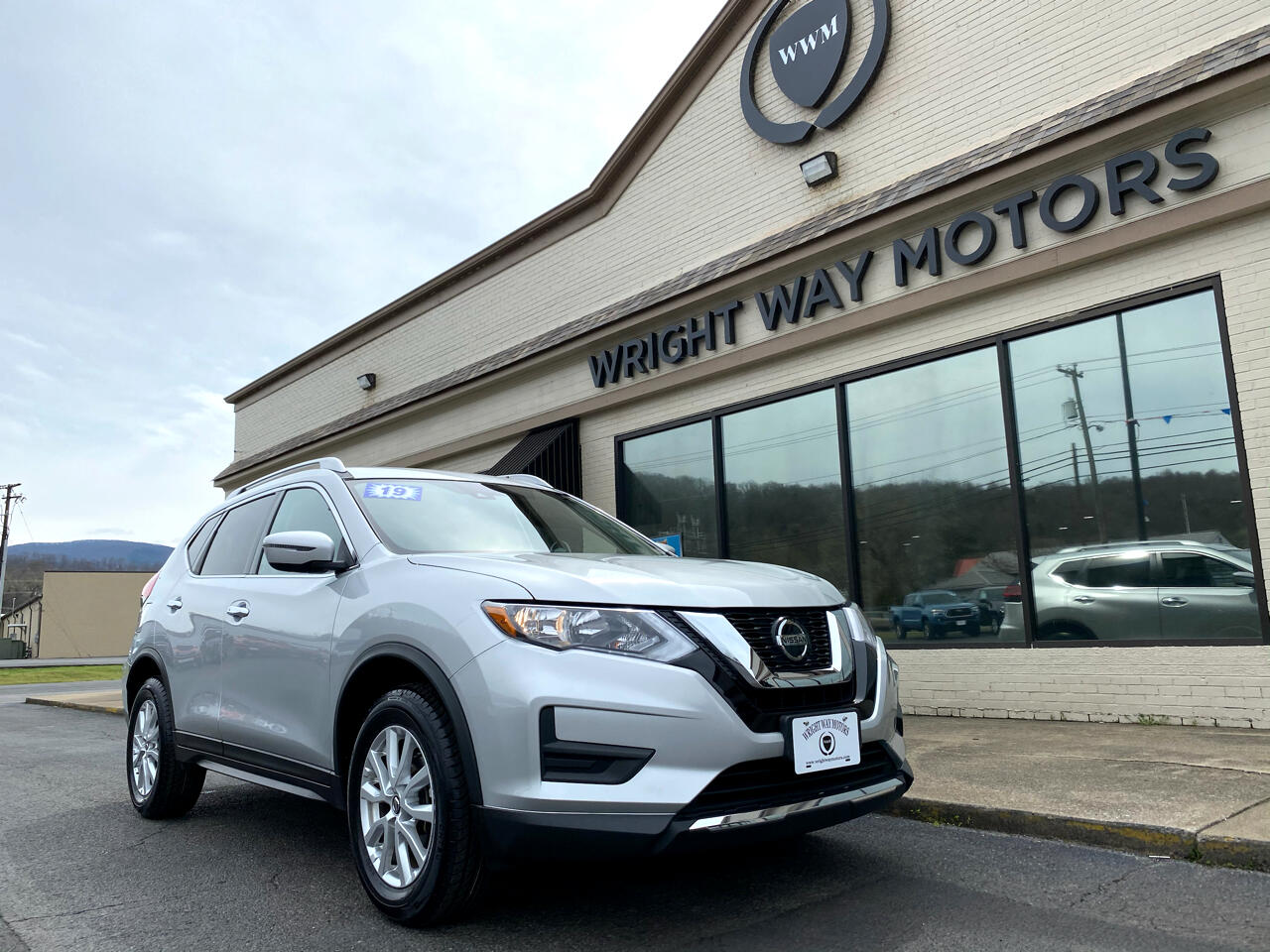Nissan Rogue AWD 4dr SV 2019