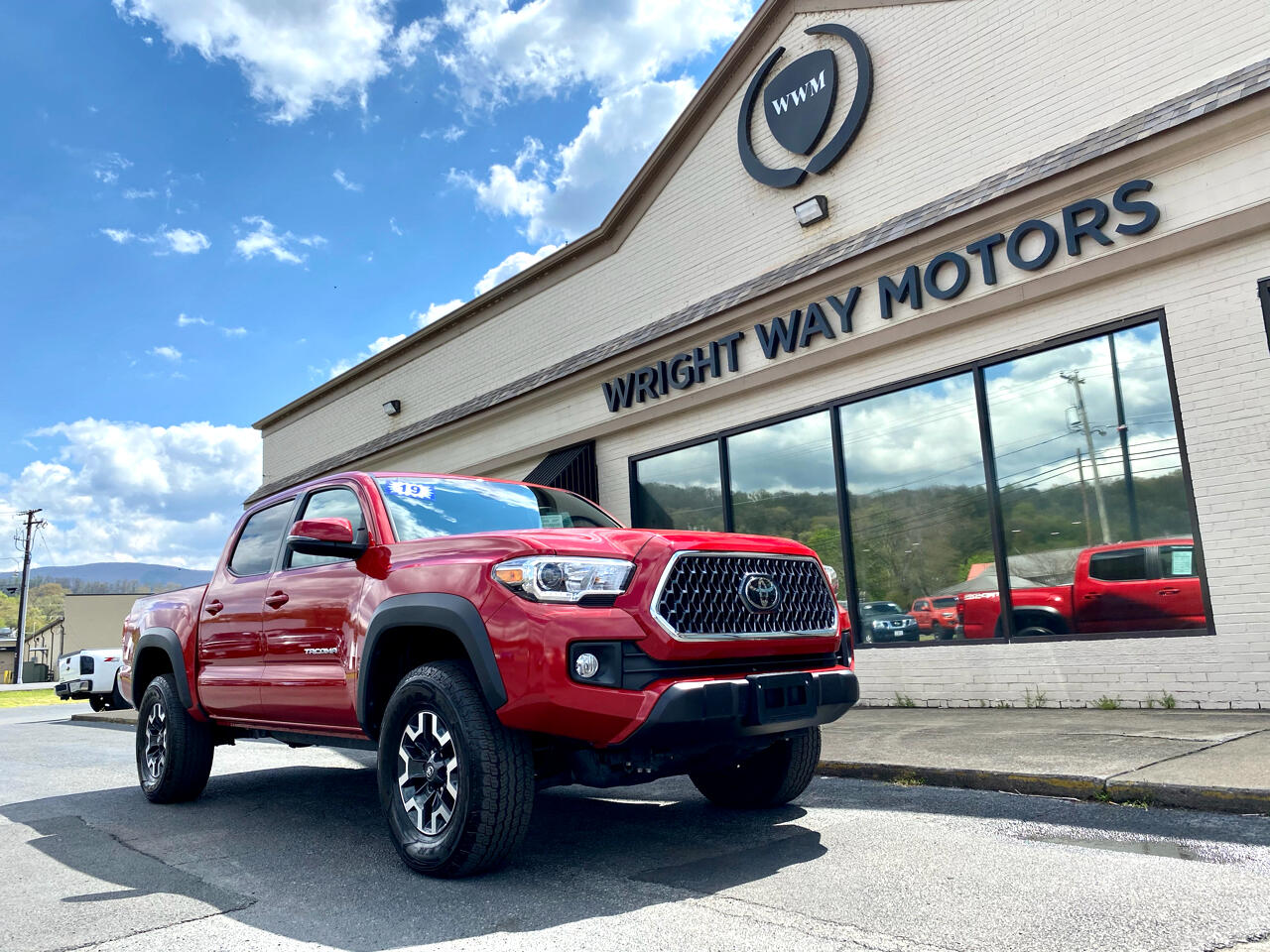 Toyota Tacoma 4WD Double Cab V6 AT TRD Off Road (Natl) 2019